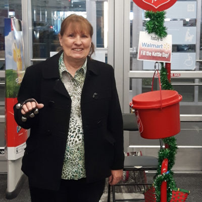 Diane-at-WalMart-kettle-Dec-15th